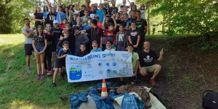Les élèves de La Roche Beaulieu nettoient l'Isle